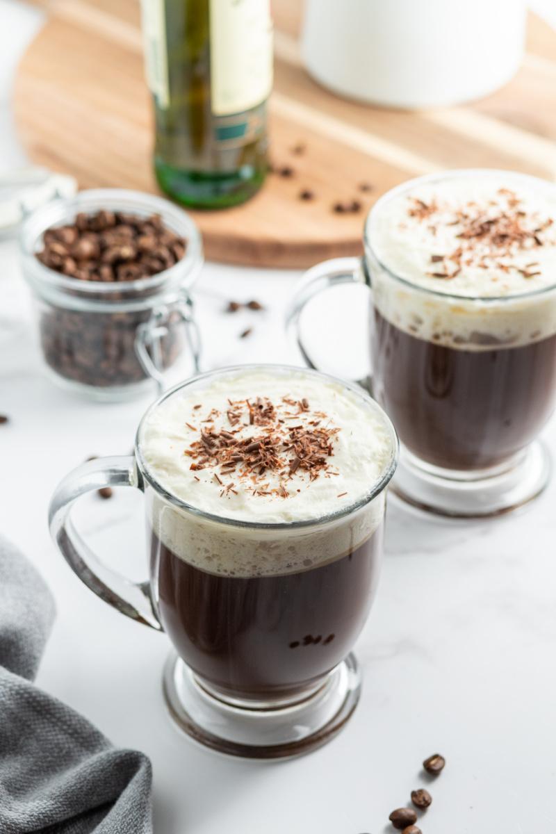 irish coffee in glass mugs