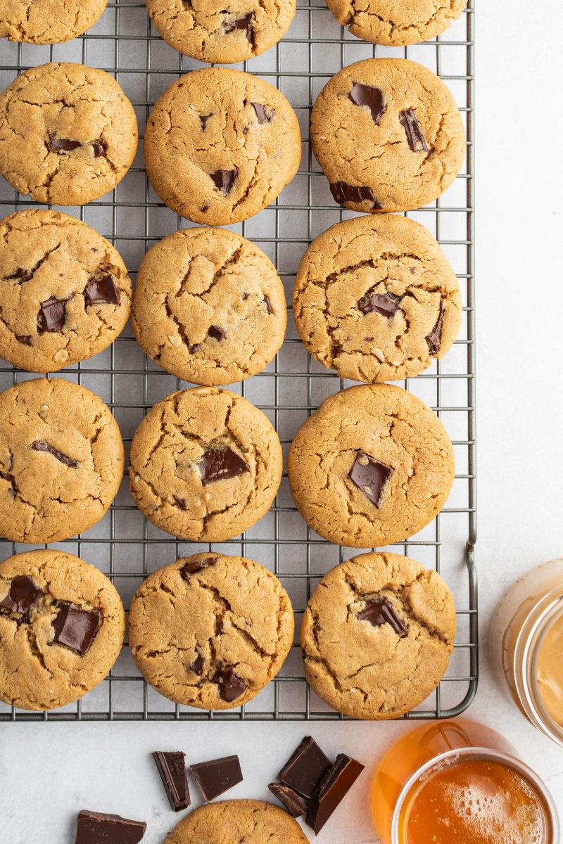 honey peanut butter chocolate chunk cookies