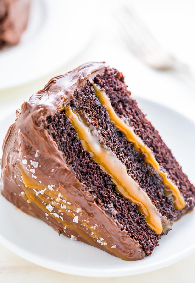 chocolate caramel cake slice