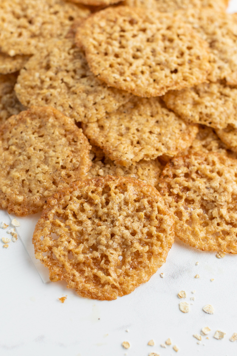 lacy butterscotch oatmeal cookies