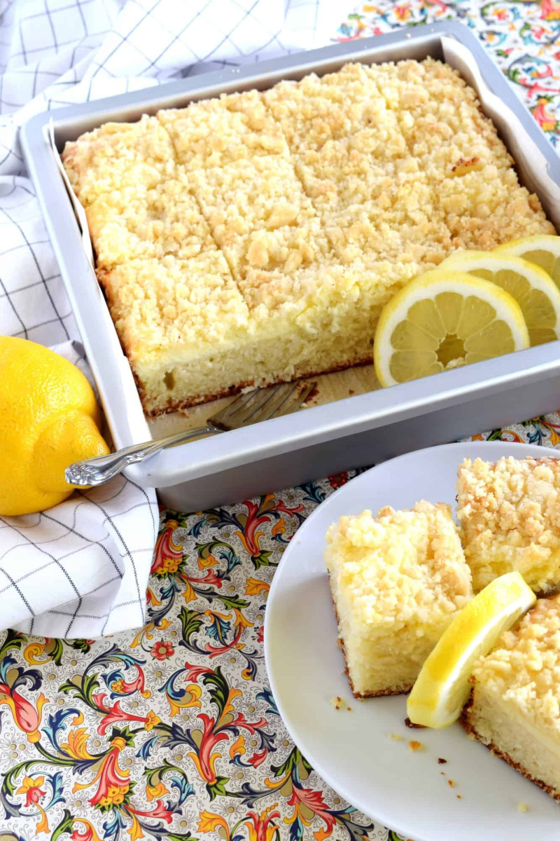 lemon cream cheese coffee cake and slices on plate