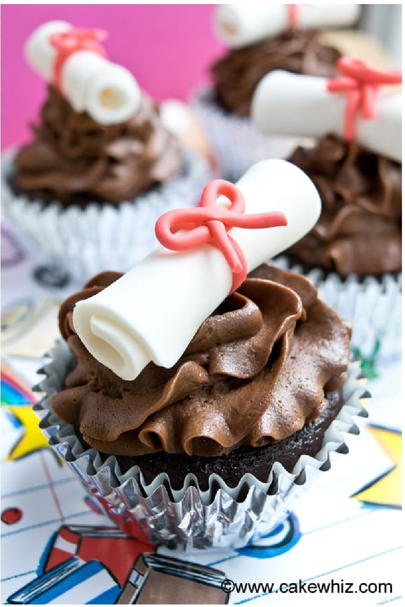 Graduation Diploma Cupcakes