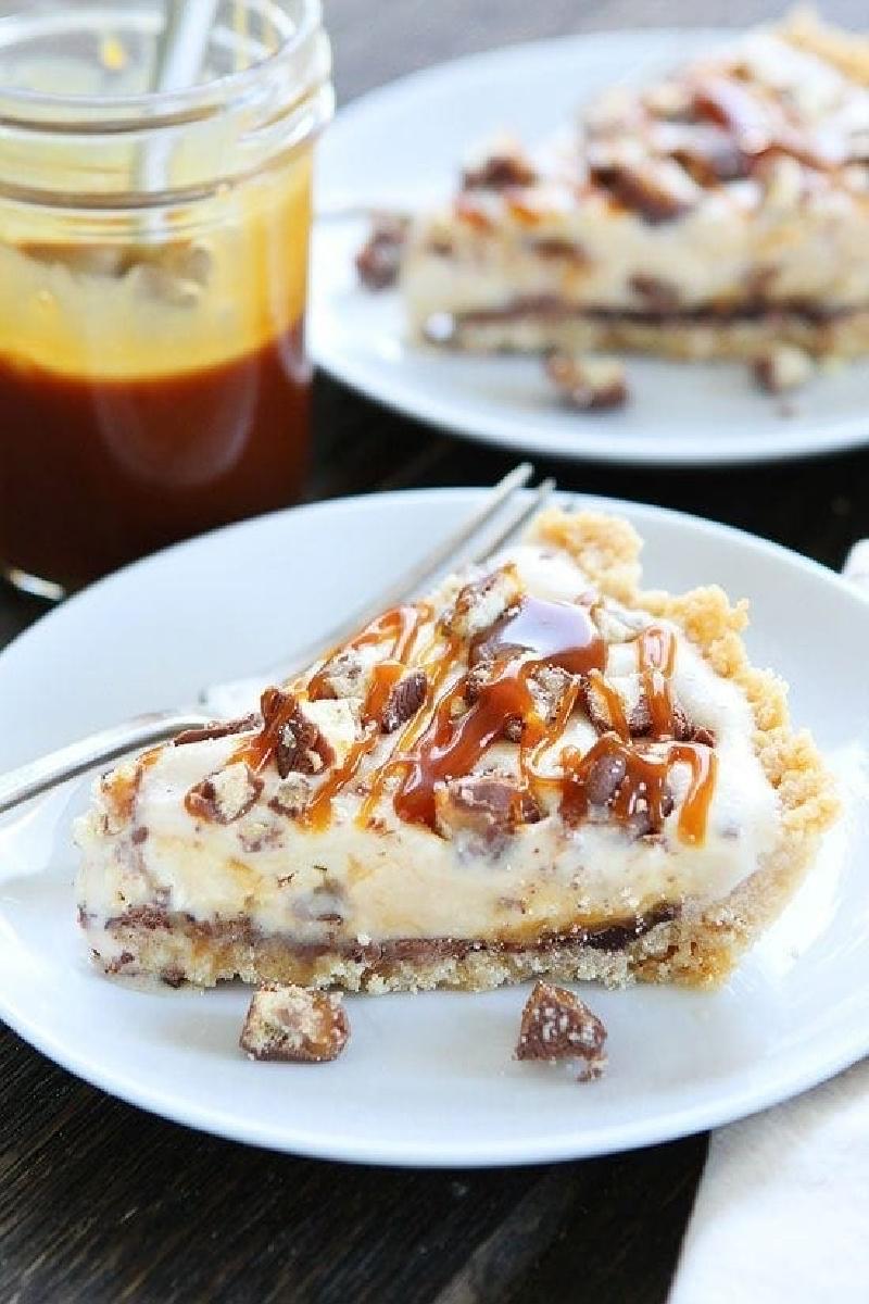 slice of twix ice cream pie